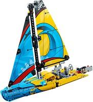 Фото LEGO Technic Гоночная яхта (42074)