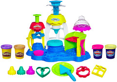 Hasbro Play-Doh Набор для лепки Фабрика пирожных (A0318)