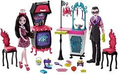Monster High Кухня вампиров Монстро семейка (FCV75)