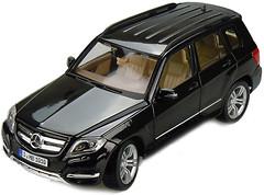 Maisto (1:18) Mercedes-Benz GLK (36200)