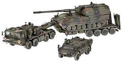 Revell Спецтехника Транспортер+гаубица+бронемашина SLT503 (3204)