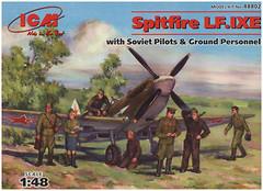 Фото ICM Spitfire LF.IXE (48802)